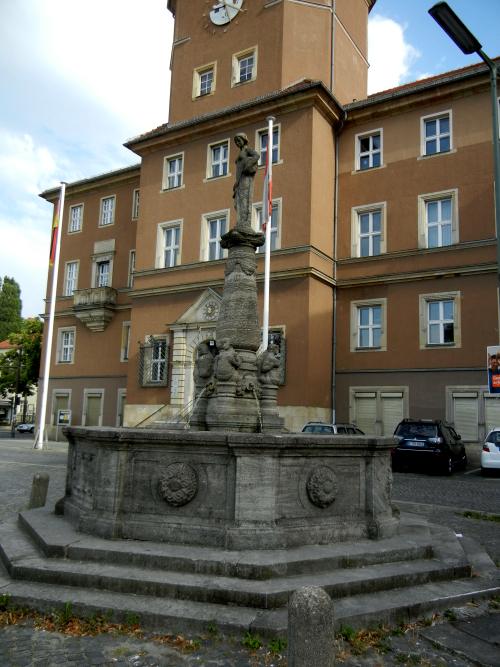Die Brunnen In Lankwitz